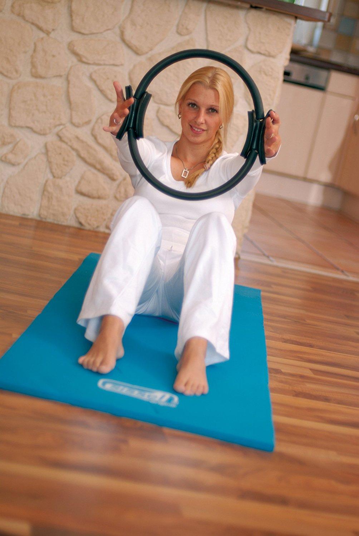 Der Pilates Ring für verschiedene Pilates Übungen