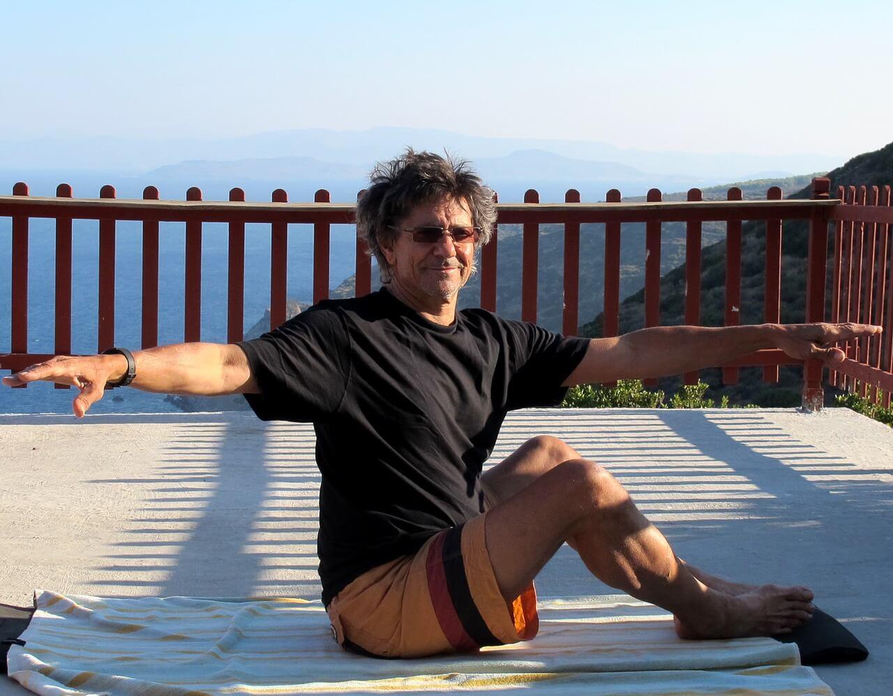 Pilates Übungen auf Reisen